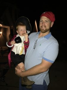 Pirate Jake Long and his son enjoying this beautiful night to trick-or-treat.